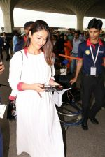 Ileana D_Cruz with Mubarakan team spotted at airport on 29th July 2017 (43)_597d5a0b42af9.JPG