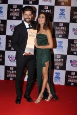Ravi Dubey, Sargun Mehta At Red Carpet Of Big Zee Entertainment Awards 2017 on 29th July 2017 (95)_597d9268e6203.JPG
