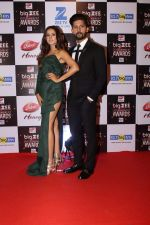Sargun Mehta, Ravi Dubey At Red Carpet Of Big Zee Entertainment Awards 2017 on 29th July 2017 (70)_597d926ce1621.JPG