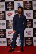 Shahid Kapoor At Red Carpet Of Big Zee Entertainment Awards 2017 on 29th July 2017