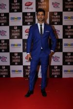 Vivek Dahiya At Red Carpet Of Big Zee Entertainment Awards 2017 on 29th July 2017