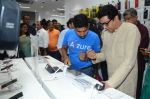 Raj Thackeray at the Launch OF Zanai Bhosle_s iAzre, Apple Store on 30th July 2017 (156)_597eac781f75a.JPG