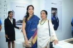 Rashmi Thackeray, Asha Bhosle at the Launch OF Zanai Bhosle_s iAzre, Apple Store on 30th July 2017 (159)_597eacf51051f.JPG