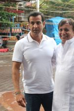 Ronit Roy at The Chautha Ceremony Of Inder Kumar on 30th July 2017 (6)_597f5d0c65b95.JPG