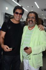 Talat Aziz, Hariharan at the Launch OF Zanai Bhosle_s iAzre, Apple Store on 30th July 2017 (219)_597ead9795487.JPG