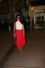 Shriya Saran Spotted At Airport on 1st Aug 2017 (1)_5980057779a4c.JPG