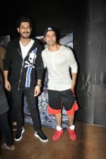 Varun Dhawan, Mohit Marwah at the Special Screening Of Film Raag Desh on 1st Aug 2017 (20)_59817ad42a663.JPG