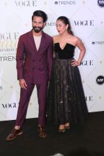 Mira Rajput, Shahid Kapoor at The Red Carpet Of Vogue Beauty Awards 2017 on 2nd Aug 2017 (146)_5982a70ea3a67.JPG