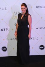 Perizaad Kolah at The Red Carpet Of Vogue Beauty Awards 2017 on 2nd Aug 2017 (54)_5982a72323d8f.JPG
