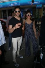 Sidharth Malhotra, Jacqueline Fernandez Spotted at Kitchen Garden on 6th Aug 2017 (38)_598810dcae32e.JPG