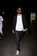Harshvardhan Kapoor Spotted At Airport on 9th Aug 2017 (29)_598accf89e94b.JPG