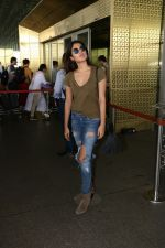 Rhea Chakraborty Spotted At Airport on 12th Aug 2017 (1)_598f3d608af75.JPG