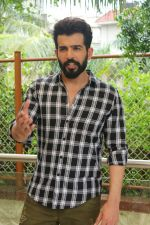 Jay Bhanushali Shooting For Suicide Company Pvt Ltd on 14th Aug 2017 (67)_5992beecf1406.JPG