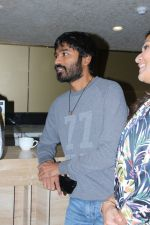 Dhanush, Soundarya Rajinikanth At The Special Screening Of Film VIP 2 on 17th Aug 2017 (13)_5995aace2cea7.JPG