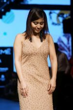 Shweta Tripathi At LFW Wintwer 2017 on 16th Aug 2017 (2)_599565637998d.JPG