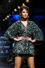 Sonal Chauhan Walks On Ramp For Sonal Verma At LFW Winter 2017 on 16th Aug 2017 (13)_59956587cf603.JPG