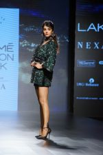 Sonal Chauhan Walks On Ramp For Sonal Verma At LFW Winter 2017 on 16th Aug 2017 (17)_5995658c8f236.JPG