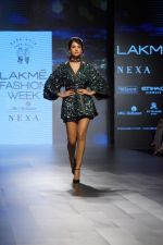 Sonal Chauhan Walks On Ramp For Sonal Verma At LFW Winter 2017 on 16th Aug 2017 (7)_599565828b194.JPG