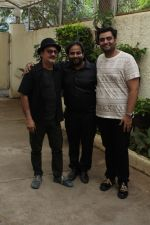 Vinay Pathak At Special Sreening Of Short Film The Dark Brew on 16th Aug 2017 (12)_5995a0b2de5df.JPG