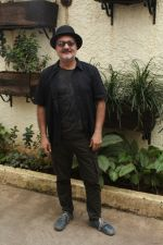 Vinay Pathak At Special Sreening Of Short Film The Dark Brew on 16th Aug 2017 (18)_5995a0b6a00c9.JPG