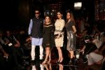 Zayed Khan, Sussanne Khan As Guest At LFW 2017 on 18th Aug 2017 (4)_59985bdb30e84.JPG
