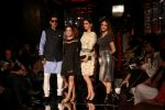 Zayed Khan, Sussanne Khan As Guest At LFW 2017 on 18th Aug 2017 (5)_59985bdbae205.JPG