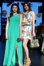 Bhagyashree As Guest At LFW Winter Festive 2017 on 20th Aug 2017-1 (17)_599a83241f218.JPG