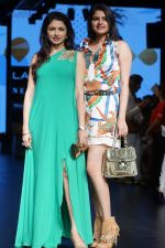 Bhagyashree As Guest At LFW Winter Festive 2017 on 20th Aug 2017-1 (19)_599a83254530a.JPG