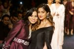 Ileana D_Cruz Walks Ramp For De Belle At LFW Winter Festive 2017 on 20th Aug 2017 (52)_599a836a6d5c9.JPG
