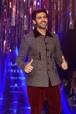 Kartik Aaryan as Guest For Manish Malhotra At LFW Winter Festive 2017 on 20th Aug 2017