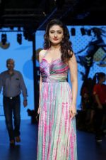Ragini Khanna As Guest At LFW Winter Festive 2017 on 20th Aug 2017-1 (19)_599a840c5dfb6.JPG