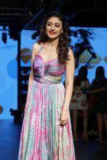 Ragini Khanna As Guest At LFW Winter Festive 2017 on 20th Aug 2017-1 (20)_599a840d07c58.JPG