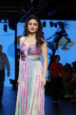 Ragini Khanna As Guest At LFW Winter Festive 2017 on 20th Aug 2017-1 (24)_599a840f56e38.JPG