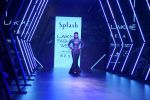 Sunny Leone Walks Ramp For Splash Show At LFW Winter Festive 2017 on 20th Aug 2017 (47)_599a8831c53cd.JPG