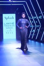 Sunny Leone Walks Ramp For Splash Show At LFW Winter Festive 2017 on 20th Aug 2017 (61)_599a883a1676c.JPG