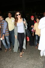 Monica Bedi Spotted At Airport on 21st Aug 2017 (13)_599bce3a2cc05.JPG