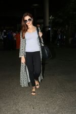 Monica Bedi Spotted At Airport on 21st Aug 2017 (19)_599bce3d661a1.JPG