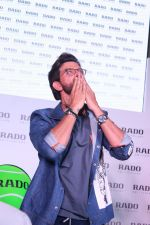 Hrithik Roshan at the Launch Of Rado Sports Collection & New Boutique Inauguration on 22nd Aug 2017 (36)_599d3f0459acb.JPG