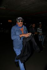 Jackie Shroff Spotted At Airport on 23rd Aug 2017 (10)_599e712f6f45b.JPG