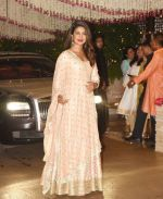 Priyanka Chopra at the Ganesh Chaturthi Celebration At Ambani House on 26th Aug 2017 (1)_59a236118798a.jpg