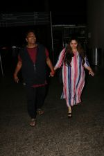 Ganesh Acharya With Wife Spotted At Airport on 28th Aug 2017 (1)_59a3c9cbece18.JPG