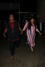 Ganesh Acharya With Wife Spotted At Airport on 28th Aug 2017 (10)_59a3c9caa1c1c.JPG