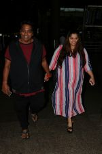 Ganesh Acharya With Wife Spotted At Airport on 28th Aug 2017 (4)_59a3c9c2b251b.JPG