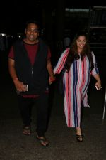 Ganesh Acharya With Wife Spotted At Airport on 28th Aug 2017 (5)_59a3c9c41e190.JPG