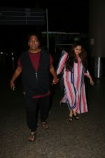 Ganesh Acharya With Wife Spotted At Airport on 28th Aug 2017 (9)_59a3c9c961ee7.JPG