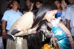 Poonam Pandey Came For Darshan At Andheri Cha Raja on 28th Aug 2017 (33)_59a5062d5dcc3.JPG