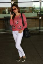 Monica Bedi Spotted At Airport on 31st Aug 2017 (1)_59a8f04d463ce.JPG