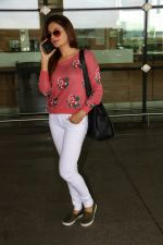 Monica Bedi Spotted At Airport on 31st Aug 2017 (10)_59a8f0578fcdc.JPG
