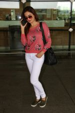 Monica Bedi Spotted At Airport on 31st Aug 2017 (2)_59a8f04e86a17.JPG