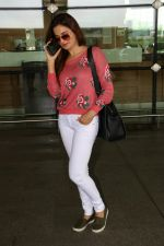 Monica Bedi Spotted At Airport on 31st Aug 2017 (4)_59a8f050d49e3.JPG
